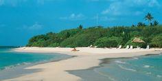 Helengali island resort #voyagewave #maldivesholidays -->> www.voyagewave.com Maldives Tourism, Maldives Resort, Maldives Holidays, Luxury Holidays, Island Resort, Beautiful Islands, Amazing Destinations, Outdoor Pool, Holiday Destinations
