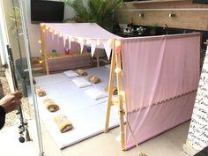 Novidade em São Paulo para festa do pijama! As tendas chegaram para a alegria da criançada. Ela acomoda de 4 a 12 crianças com conforto. Isso mesmo, TODAS em uma mesma tenda por um único valor! Economia de espaço e dinheiro! Elas podem ter a cobertura em tecido para meninos e/ou para menin...