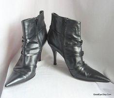Vintage Stiletto Ankle Boots / size 10 Eu 42 Uk 7 .5  / VIA