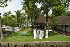 Coconut Lagoon, Kumarakom - Boutique hotel Kumarakom - Thanks to the many available activities, the hotel is the perfect place for a family trip or a couple`s retreat. It`s just the place to discover southern India in all its glory.TemptingPlaces