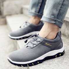 24.18$  Watch here - http://alic0e.shopchina.info/1/go.php?t=32744646426 - 2017 New Men Casual Shoes Skid-proof Travel Outdoor Shoes Hard-wearing Zapatos Hombre Fashion Trendy Suede Men Shoes Hot Sale 24.18$ #magazineonlinebeautiful