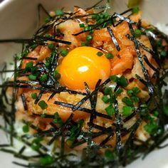 海苔かけすぎた(笑) - 21件のもぐもぐ - 鮭ハラス丼 by MAPITEE