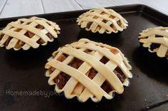 Mini appeltaartjes van bladerdeeg - Homemade by Joke