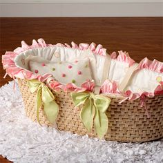 Lucille Moses Basket and Nursery Kid Bedding Sets in Bedding : Moses Baskets at PoshTots