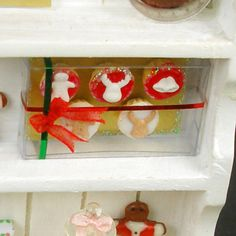 Christmas Cupcakes   Dollhouse Miniature Food by DollhouseKitchen, $20.00