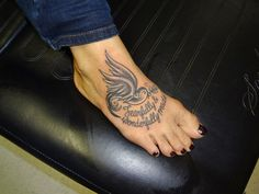 girly black and grey bird tattoo on a foot by kevin gordon at skin city tattoo studio monroe nc Girly Black And Grey Bird Tattoo On A Foot By Bird Tattoo Foot, Foot Tattoos, Body Art Tattoos, Girly Tattoos, Tribal Tattoos, Tatoos, City Tattoo, Tattoo On, Colorful Owl Tattoo