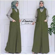 Abaya Fashion, Muslim Fashion, Fashion Dresses, Casual Hijab Outfit, Casual Dresses, Batik Muslim, Muslim Dress, Batik Dress, Kids Fashion