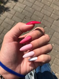 50 Beautiful Nail Art Designs & Ideas Nails have for long been a vital measurement of beauty and Simple Acrylic Nails, Summer Acrylic Nails, Best Acrylic Nails, Aycrlic Nails, Nail Manicure, Hair And Nails, Fire Nails, Minimalist Nails, Dream Nails