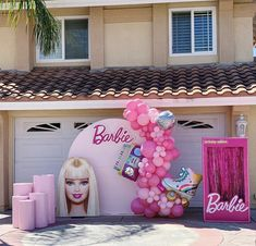 Barbie Party Decorations, Barbie Theme Party, Barbie Birthday Cake, Girl Birthday, 5th Birthday Party Ideas, Birthday Backdrop, Birthdays, Ballerina Barbie, Barbie Birthday Party