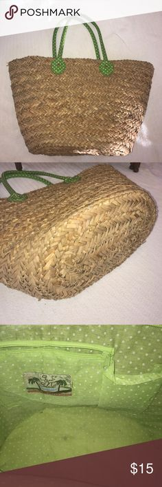 Straw Beach Bag! 😘🌴☀️🌊😘 Used, pre-loved beach bag in great condition. Some marks on the inside liner but otherwise in fantastic condition. Green lining with white polka dots - same print as green handles. Easy to style for a trip to the beach, picnic, or Sunday stroll through Central Park! Enjoy!! ❤️ Happy Poshing! Sun N Sand  Bags Totes