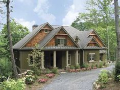 Craftsman House Plan with 1997 Square Feet and 2 Bedrooms(s) from Dream Home Source | House Plan Code DHSW68031