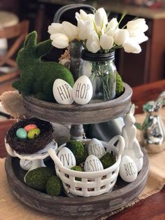 Easter - Tiered tray