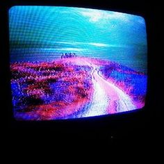 """MUFF WIGGLER :: The Archer """"Video Synth"""" into the """"chromacannon"""" (by hexinverter)"""