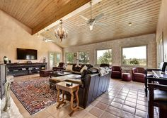 7BR/5.5BA Spicewood Sanctuary with massive pool and unbeatable views - Turnkey Vacation Rental