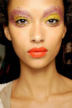 Lots of fun, colors and tons of glitter @ Giles show London fashion week ss 2011.