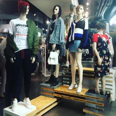 """TOPSHOP, London, UK, """"Be pushed by your hustle and be led by your love"""", (Sport/Streetwear), pinned by Ton van der Veer"""