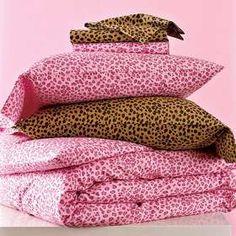 Blanket & sheets<3