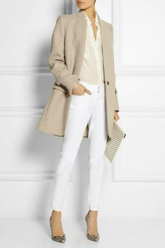 Stella McCartney Bryce Wool-Blend Felt Coat Love the beige-on-cream tonal effect of this outfit Mantel Styling, Mode Outfits, Fashion Outfits, Woman Outfits, Office Outfits, Stylish Outfits, Mantel Outfit, Coats For Women, Jackets For Women