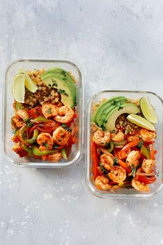 Change a few things to make Low-carb Shrimp Fajita Meal-Prep Bowls that it's served with Cauliflower Rice and it's loaded with flavour. Low-carb Shrimp Fajita Meal-Prep Bowls that it's served with Cauliflower Rice and it's loaded with flavor. Lunch Meal Prep, Meal Prep Bowls, Easy Meal Prep, Healthy Meal Prep, Healthy Eating, Healthy Lunch Meals, Zucchini Dinner Recipes, Lunch Recipes, Low Carb Recipes