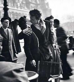 Le baiser - Robert Doisneau