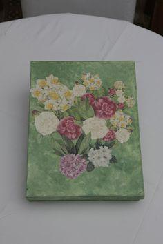 scatola con fiori