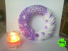 FIALOVÝ VĚNEC / Zboží prodejce simakotackova | Fler.cz Fabric Wreath, Diy Wreath, Ornament Wreath, Wreaths, Quilted Ornaments, Fabric Ornaments, Felt Ornaments, Christmas Balls, Christmas Crafts