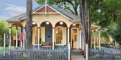5 new get-a-way-from-it-all hotels Calistoga's Brannan Cottage Inn dates back to the 1850s. Photograph courtesy of the inn.