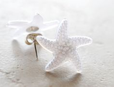 Hey, I found this really awesome Etsy listing at http://www.etsy.com/listing/107446009/starfish-earrings-white-star-fish