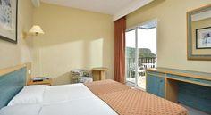 Sol Milanos Pingüinos - 3 Star #Hotel - $86 - #Hotels #Spain #SonBou http://www.justigo.in/hotels/spain/son-bou/sol-milanos-pinguinos_13432.html