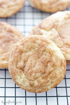 snickerdoodle cookies These are the BEST Snickerdoodles Ive ever had! Perfectly soft and chewy in the middle and crisp on the edges. A buttery sugar cookie rolled in cinnamon and sugar. This will be your go-to Snickerdoodle Cookie Recipe. Buttery Sugar Cookies, Yummy Cookies, Funfetti Cookies, Pudding Cookies, Almond Cookies, Quick Cookies, Sweet Cookies, Drop Cookies, Strudel