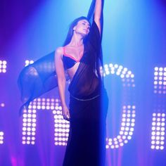 HEROINE..a hottie, a performer..