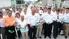 Con una inversión del orden de los 12 millones 784 mil 433 pesos, inauguramos obras de pavimentación a base de concreto hidráulico en diversos sectores de Ciudad Madero, destacando la participación de los tres niveles de gobierno en la modernización del municipio con mayor infraestructura urbana