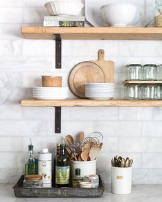 Spending my day cleaning the kitchen and packing for an early flight tomorrow. Headed to Wisconsin for a @countrylivingmag shoot. Must buy the cheese, right?