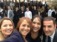 Selfie con compañeros de trabajo y en la retaguardia 130 croupiers!!