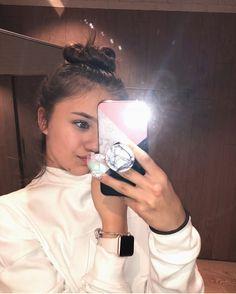 Blonde Girl Selfie, Ulzzang Hair, Girl M, Photos Tumblr, Mode Hijab, Girls Dpz, People Photography, Hair Beauty, Celebrities