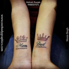Image shared by zeebodygraphic. Find images and videos about maa paa tattoo, maa tattoo in hindi and maa paa tattoo designs on We Heart It - the app to get lost in what you love. Mum And Dad Tattoos, Mum Tattoo, Hand Tattoos For Girls, Father Tattoos, Parent Tattoos, Baby Tattoos, Tattoos For Women, Tattoo For Parents, Dad Tattoo In Memory Of