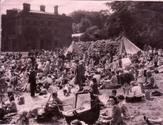 moss bank park bolton 1943 Bolton Lancashire, Actor Picture, Local History, British Isles, Vintage Pictures, Back In The Day, Manchester, Dolores Park, Nostalgia