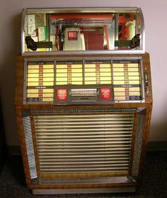"1950 Seeburg M100B Jukebox — ""The B"""