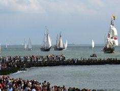 Sail de Ruyter 2013. Donderdag 22 t/m zondag 25 augustus is het zover. Voor dit maritieme evenement wordt heel Vlissingen omgetoverd tot groot evenemententerrein.