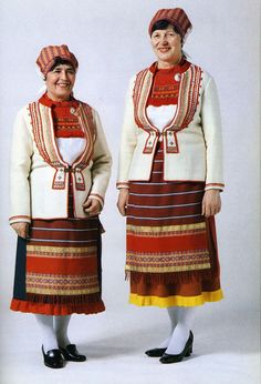 FolkCostume&Embroidery: Rekko costumes of the Karelian Isthmus and Ingria, former regions of Finland Norwegian People, Costumes Around The World, Folk Clothing, Ethnic Dress, Folk Costume, Marimekko, Ethnic Fashion, Traditional Outfits, Beautiful Outfits