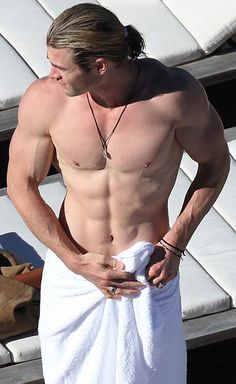 Sexy Chris Hemsworth shirtless in a towel! YES, Please! :)