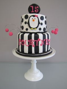 Penguin Birthday Cake by mdgosnell on Cake Central Beautiful Cakes, Amazing Cakes, Penguin Birthday, Penguin Party, Fete Emma, Flamingo, 1st Birthday Cakes, Girl Birthday, Birthday Ideas