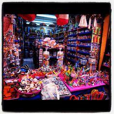 Mercado de Artesanias de la Ciudadela, Mexico City
