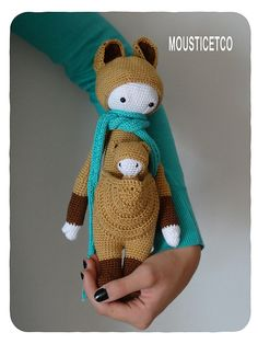 KIRA the kangaroo made by mousticetco / crochet pattern by lalylala