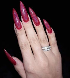 Long Red Nails, Long Fingernails, Sexy Nails, Stiletto Nails, Claw Nails, Well Well, Elegant Nails, Gorgeous Nails, Beautiful Hands