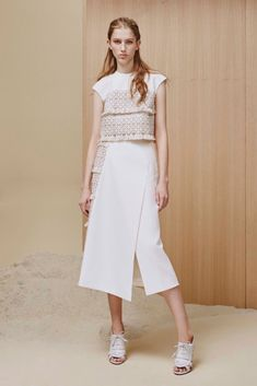 See all the Collection photos from Adeam Spring/Summer 2016 Ready-To-Wear now on British Vogue All Fashion, White Fashion, Runway Fashion, Fashion Show, Fashion Outfits, Fashion Design, British Fashion, Anna Camp, Ready To Wear