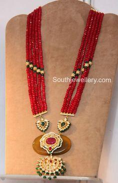 Fashion Jewellery latest jewelry designs - Page 3 of 5 - Indian Jewellery Designs Indian Jewellery Design, Bead Jewellery, Latest Jewellery, Pearl Jewelry, Indian Jewelry, Wedding Jewelry, Antique Jewelry, Gold Jewelry, Beaded Jewelry