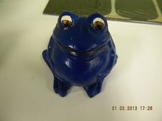 Metal Frog by HouseCandyTampa on Etsy, $6.00