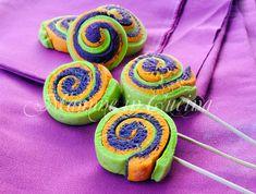 Lolly pops, colorati, biscotti facili, stecco, dolcetti per carnevale, per feste di compleanno, biscotti sfiziosi, pasta frolla, ricetta per bambini, veloci