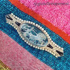 https://flic.kr/p/y7PjBm | An Edwardian platinum, Diamonds onix and natural pearl brooch centering a rock crystal oval intaglio depicting Nike, goddess of Victory, riding Zeus chariot. #edwardian #edwardianjewels #edwardianjewelry #artdeco #artdecojewelry #platinum #diamond #onix #
